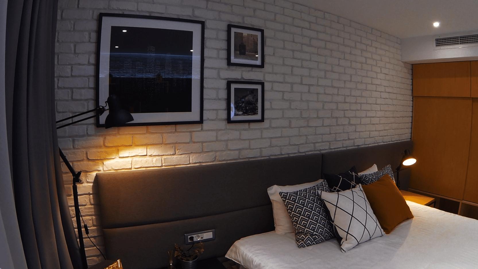 hotel room bucharest new york industrial loft design. Black Bedroom Furniture Sets. Home Design Ideas